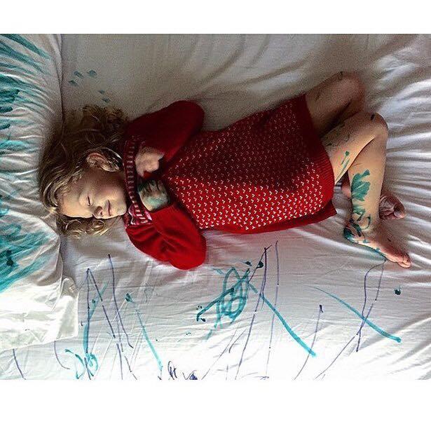 Засыпайте с любовью, спрятав сердце под подушкой